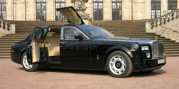 Roll Into Sydney In Style In That Rolls Royce You Always Wanted